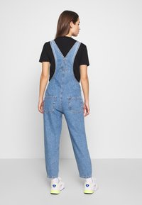 ONLY - ONLDARCY LIFE BALLON OVERALL - Dungarees - light blue denim - 2