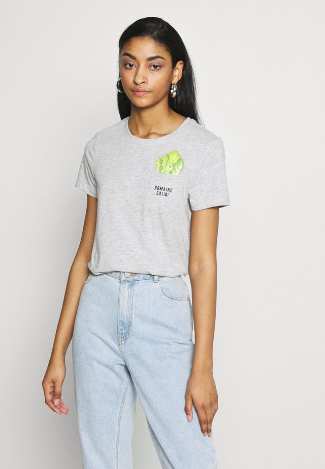 ONLPOLLY LIFE - T-shirt print - light grey