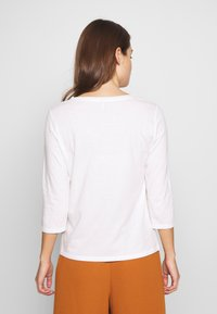 ONLY - ONLROSELY LIFE 3/4 PLACKET  - T-shirt à manches longues - cloud dancer/solid