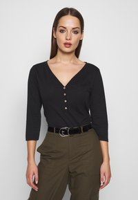 ONLY - ONLROSELY LIFE 3/4 PLACKET  - T-shirt à manches longues - black/solid - 0