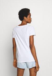 ONLY - ONLKITA - T-shirt print - white/cherry - 2