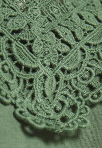 ONLY - ONYVICTORIA - Top - green - 2