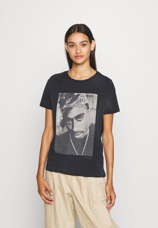 ONL2PAC LIFE TEE - T-shirts med print - black
