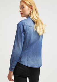 ONLY - ONLALWAYSROCK - Chemisier - dark blue denim - 2