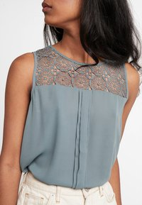 ONLY - ONLVENICE - Bluse - balsam green - 4