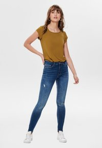 ONLY - ONLVIC  - Blusa - cathay spice - 1