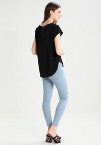 ONLY - ONLVIC  - Blusa - black - 2