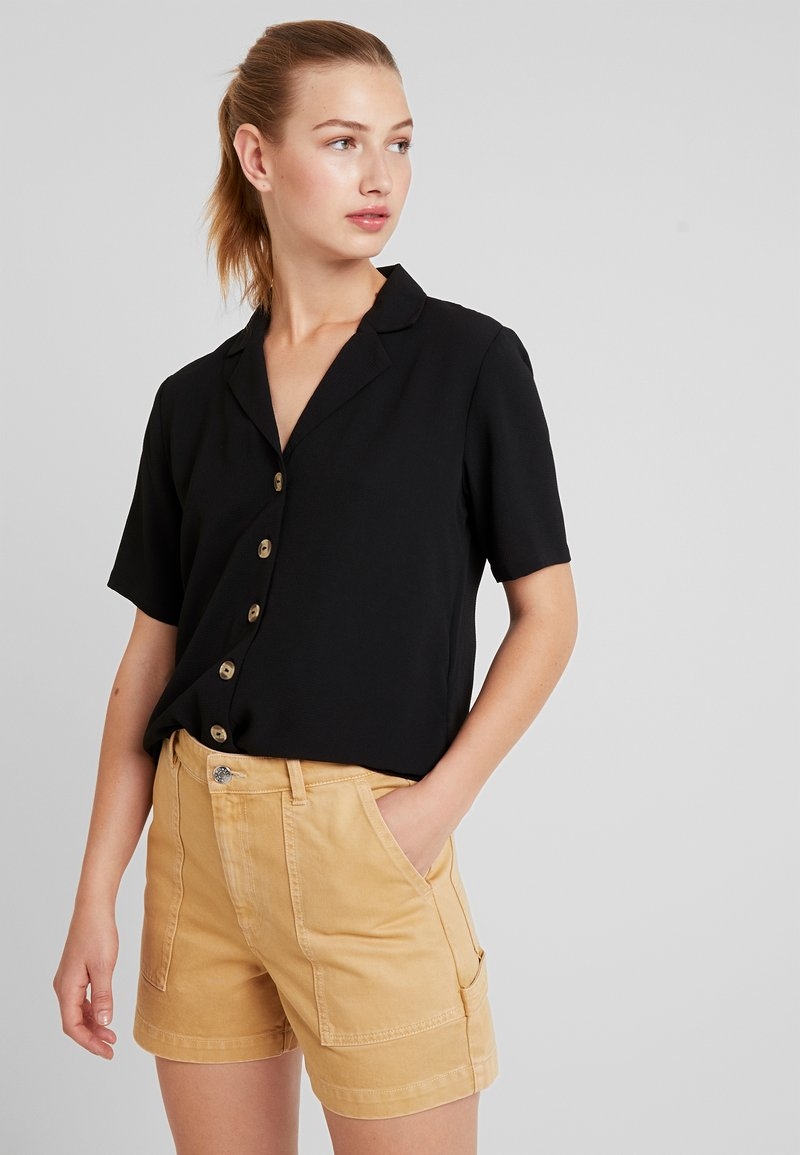 ONLY - ONLNOVA SOLID BUTTIN TROUGH - Camisa - black