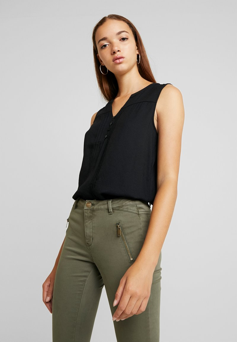 ONLY - ONLSOSA - Blouse - black