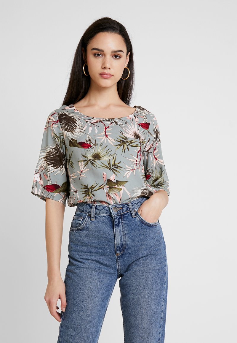 ONLY - ONLSALLY - Blouse - balsam green/tropical