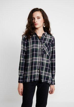ONYNADIA CHECK - Overhemdblouse - ponderosa pine/black