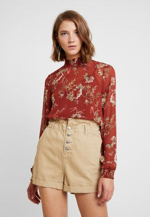 ONLCLEO SMOCK - Blouse - picante