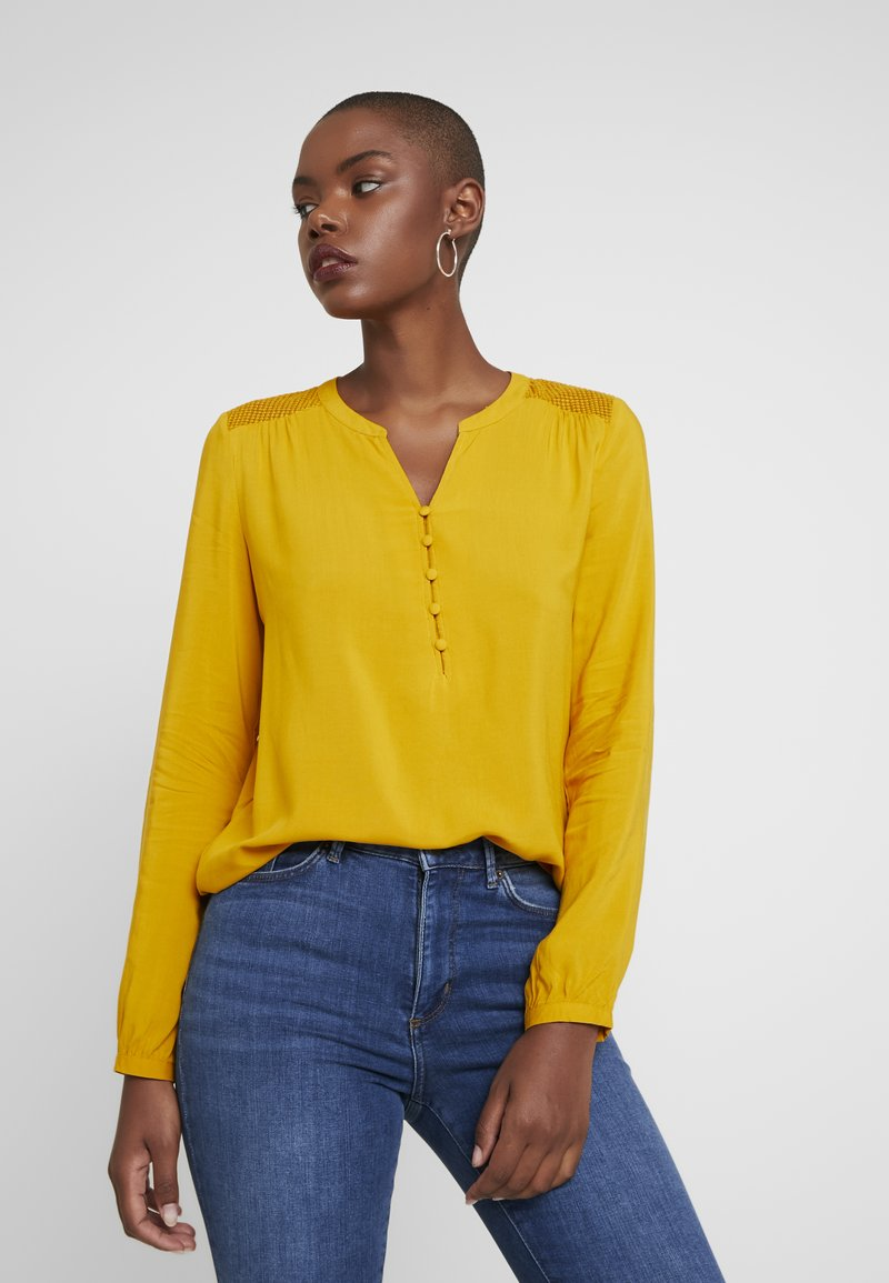ONLY - ONLEDDIE DETAIL - Blouse - golden yellow