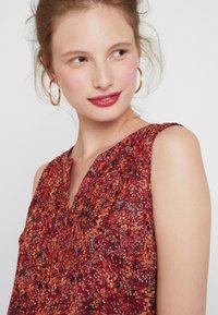 ONLY - ONLLIA  - Bluser - merlot/flower print - 4