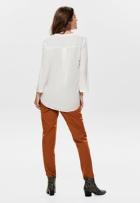 ONLY - Blusa - off-white - 2