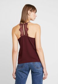 ONLY - ONLMILA LUX SINGLET SOLID - Top - port royale - 2