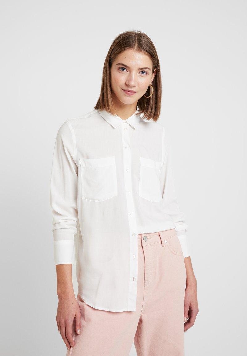 ONLY - ONLFRITA - Button-down blouse - cloud dancer