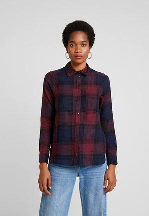 ONLMARION CHECK - Button-down blouse - blue/cordovan