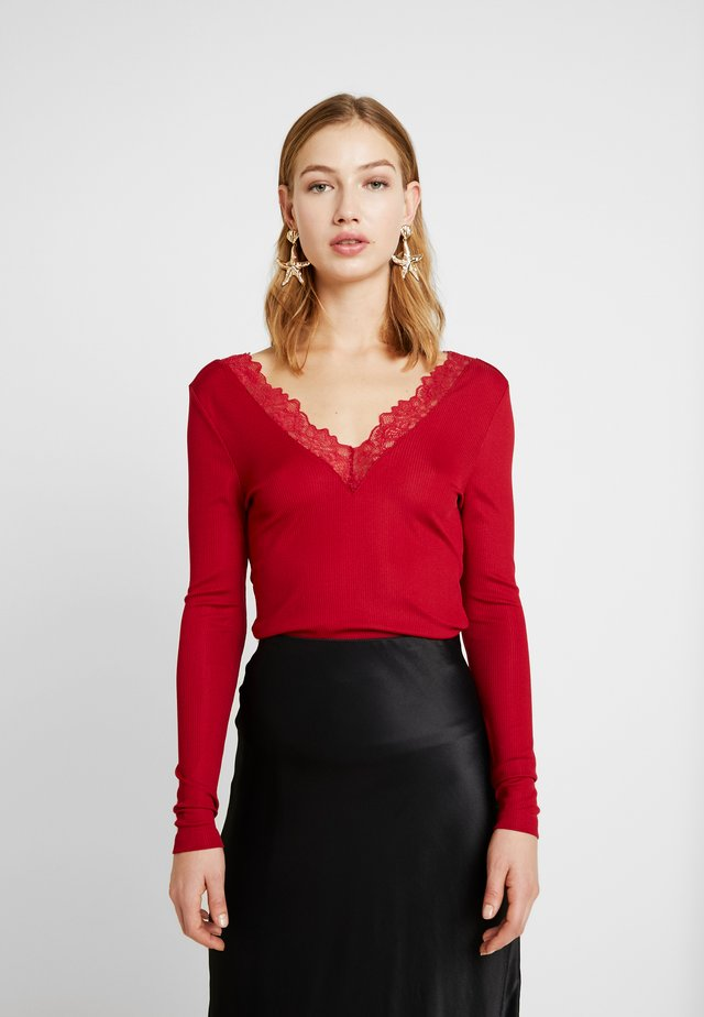 ONLRIO V-NECK - Long sleeved top - rio red