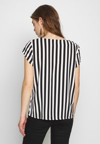 ONLY - ONLLUMA  - Blouse - bright white/black - 2