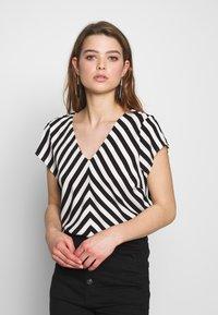 ONLY - ONLLUMA  - Blouse - bright white/black - 0