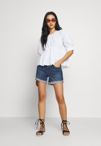 ONLY - ONLKARLA S/S PUFF SLEEVE TOP WVN - Camicetta - white - 1