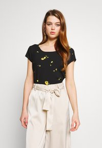 ONLY - ONLALISA LIFE  - Blouse - black/misted yellow - 0