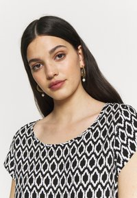 ONLY - ONLNOVA LIFE  - Blouse - black - 3