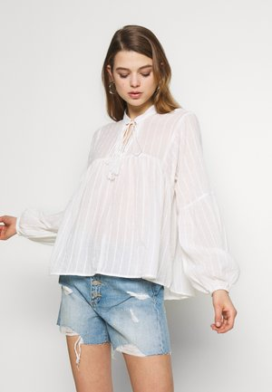ONLNEW ELISA LIFE - Blouse - cloud dancer