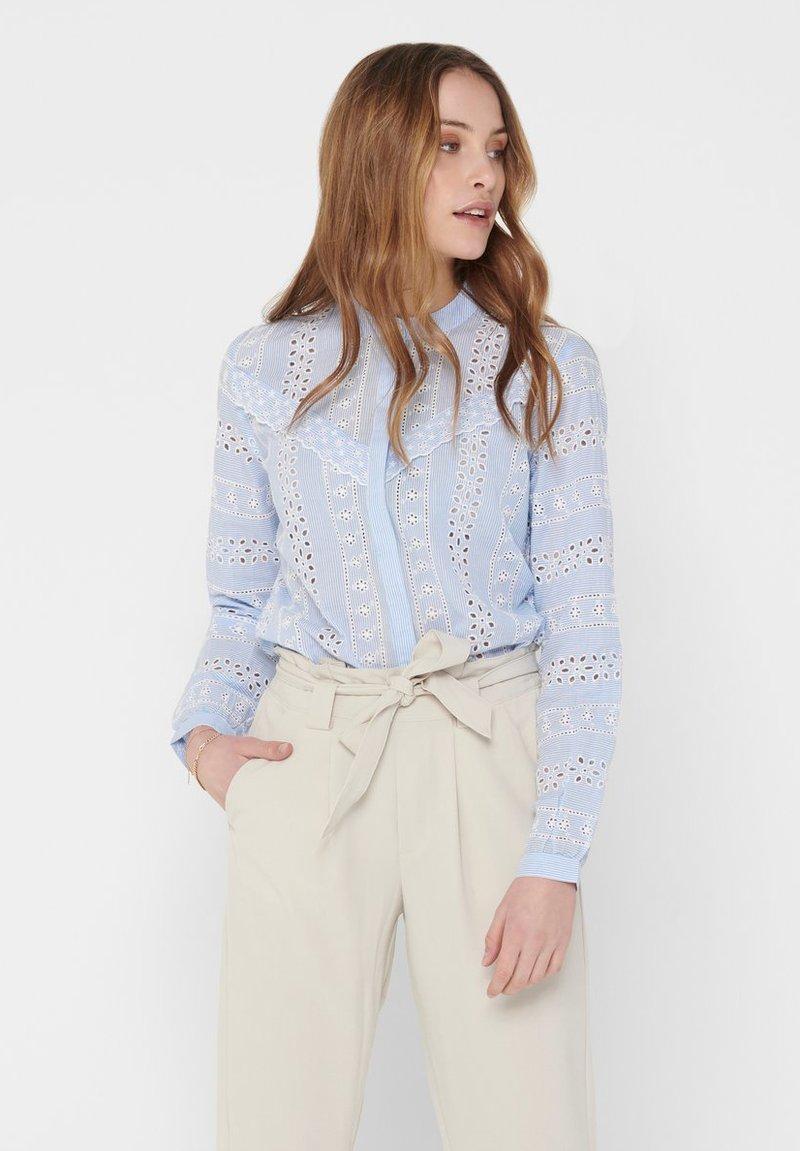 ONLY - OBERTEIL LOCHSTICKEREI - Button-down blouse - cloud dancer