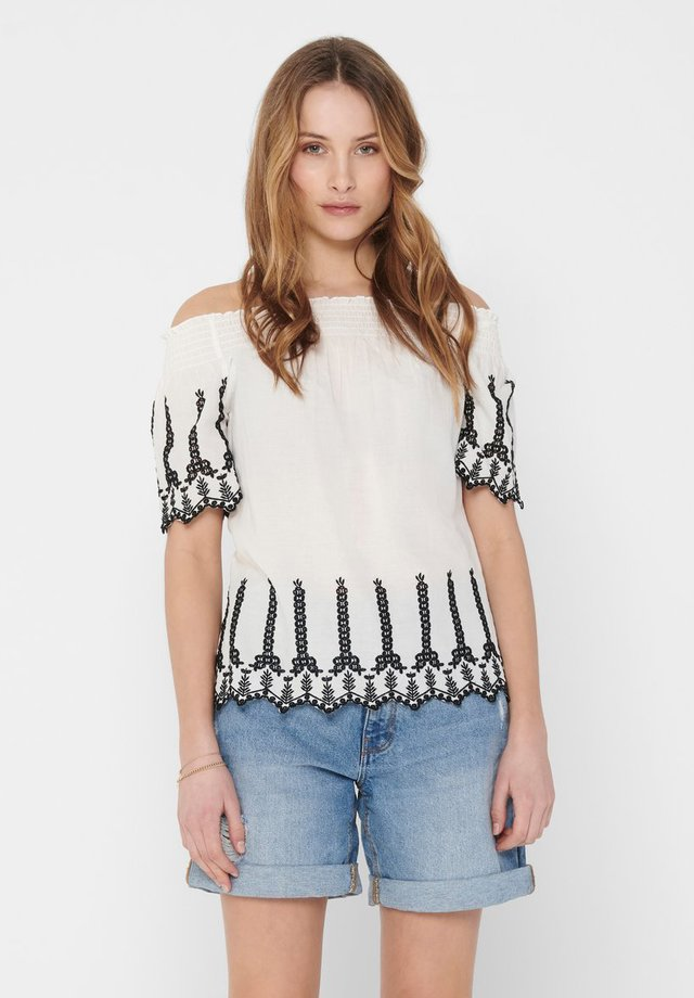 OBERTEIL LOCHSTICKEREI - Blusa - cloud dancer