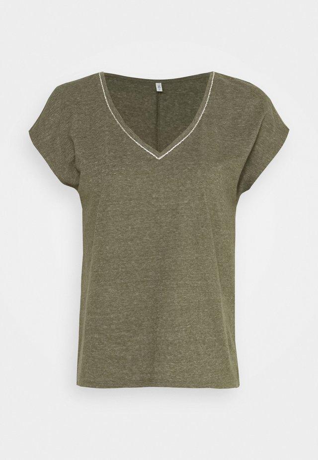 ONLNOORA LIFE  - Camiseta básica - kalamata