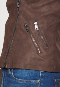 ONLY - ONLAVA BIKER  - Faux leather jacket - chicory coffee - 6