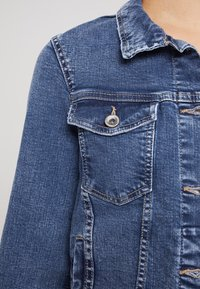 ONLY - ONLTIA - Veste en jean - medium blue denim - 5