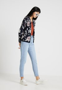 ONLY - ONLNOVA JACKET - Bomber bunda - night sky - 1