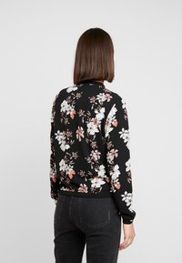 ONLY - ONLNOVA JACKET - Bomber bunda - black/jalene - 2