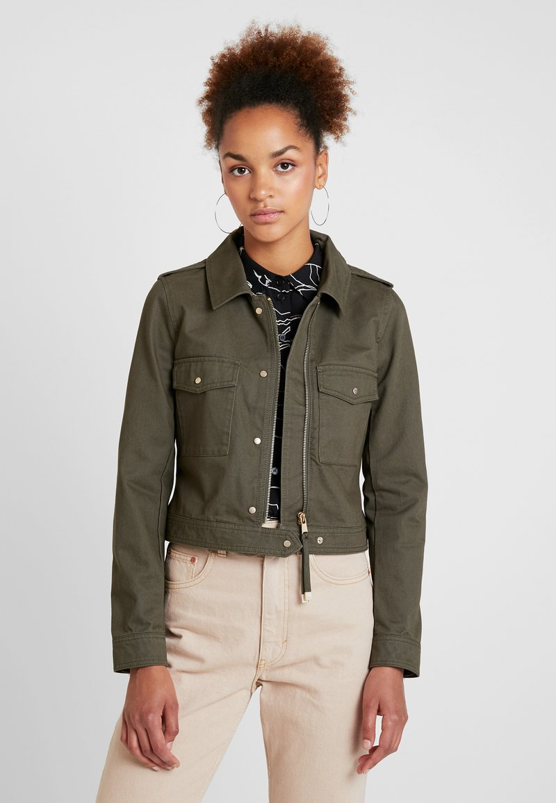 ONLY - ONLVIBE CROPPED UTILITY JACKET - Leichte Jacke - grape leaf