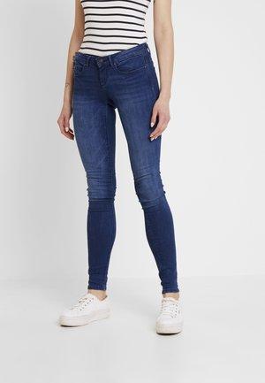 ONLFCORAL LOW - Skinny džíny - dark blue denim