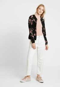 ONLY - ONLNOVA BOMBER JACKET - Bomberjakke - black/red flower - 1