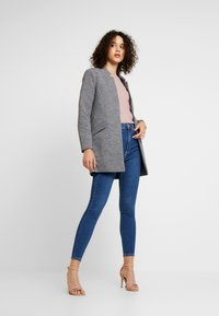 ONLY - ONLLINDA COATIGAN - Kort kappa / rock - medium grey melange - 1