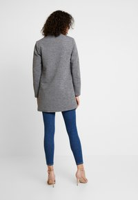 ONLY - ONLLINDA COATIGAN - Kort kappa / rock - medium grey melange - 2