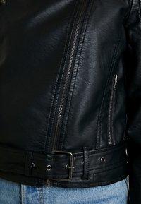 ONLY - ONLVALENTINA BIKER - Giacca in similpelle - black - 5