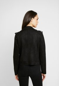 ONLY - ONLMAYO BIKER JACKET - Veste en similicuir - black - 2