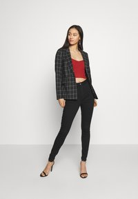 ONLY - ONLCAROLINA CHECK - Blazer - black/creme - 1