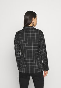 ONLY - ONLCAROLINA CHECK - Blazer - black/creme