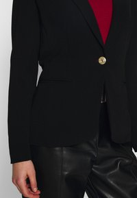 ONLY - ONLAUBREE RUNA FITTED - Blazer - black - 5