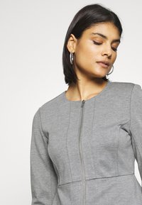 ONLY - ONLPOPTRASH ZIP  - Blazer - medium grey melange - 4