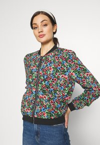 ONLY - ONLFLORAL JACKET - Bombejakke - night sky