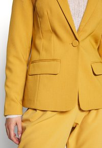 ONLY - ONLNICO LELY  - Blazer - spruce yellow - 5