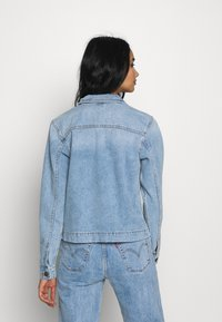 ONLY - ONLCARLA LIFE JACKET - Denim jacket - light blue denim - 2
